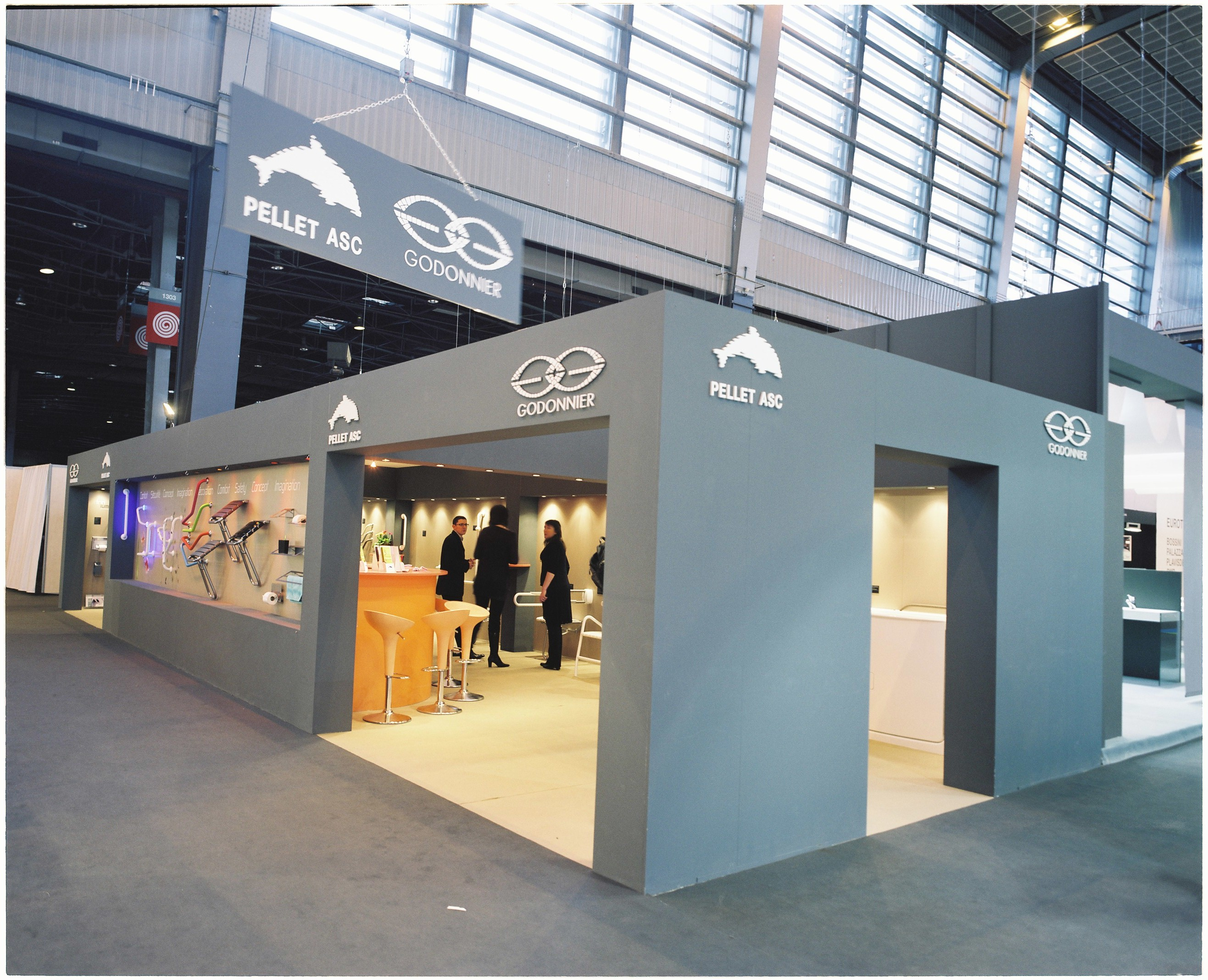 stand d exposition On stand exposition